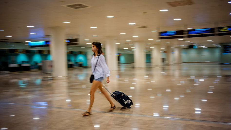 Flughafenpassagierin (Symbolbild)