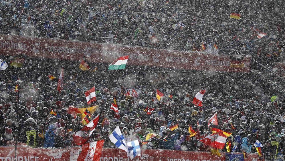 Vierschanzentournee: Freund überzeugt, Schmitt enttäuscht