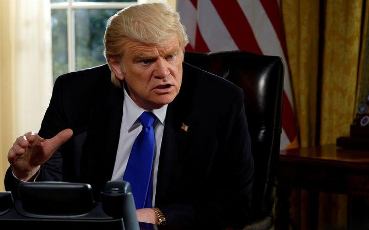 """Machenschaften und Manipulationen: Brendan Gleeson als Trump in """"The Comey Rule"""""""