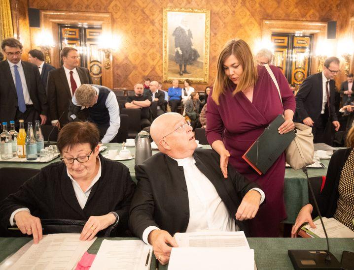 "Gabriele Löschper, Katharina Fegebank, Dieter Lenzen: ""Niederschreien"" geht nicht"