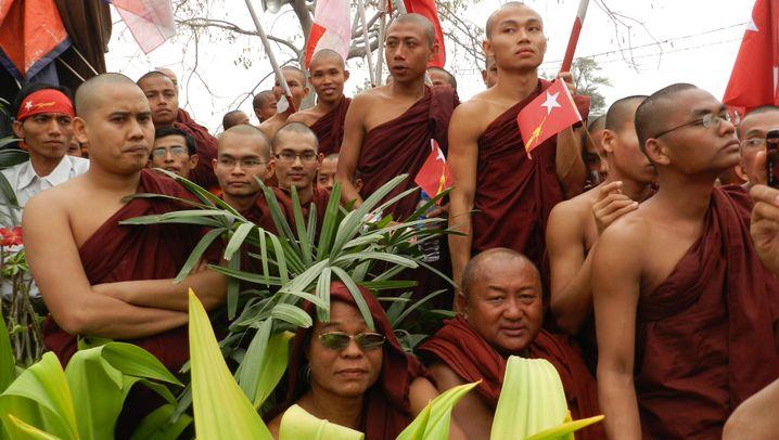 Veteranen der Revolution: Burmas Mönche warten noch auf den Wandel