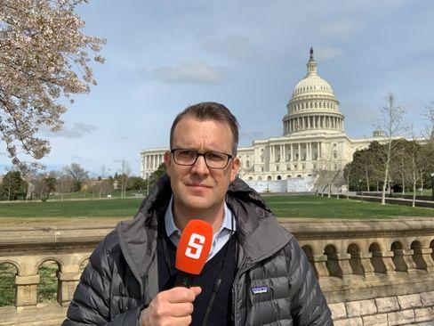 SPIEGEL-Korrespondent Nelles vor dem US-Kapitol
