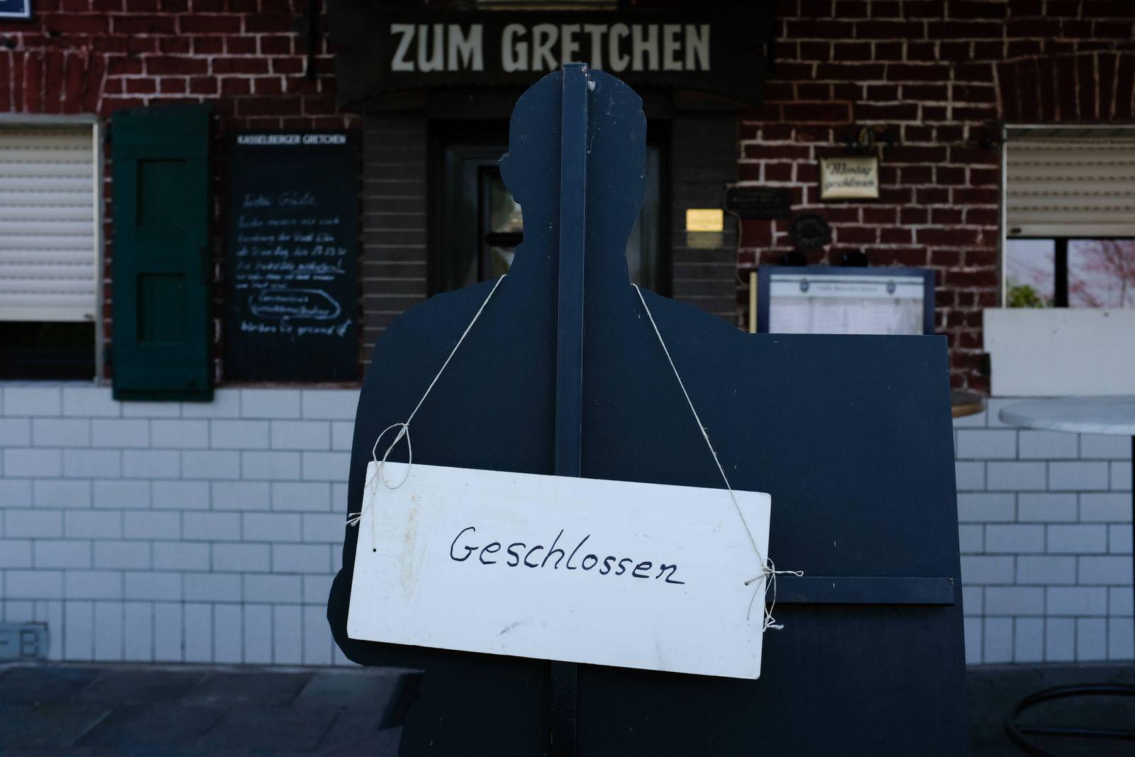 Koeln Geschlossene Gaststaette, Koeln, 28.03.2020 Geschlossene Gaststaette, Koeln, 28.03.2020, *** Cologne Closed resta
