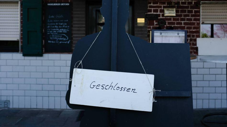 Geschlossenes Restaurant in Köln im März: 75 Prozent der Infektionen lassen sich nicht nachvollziehen