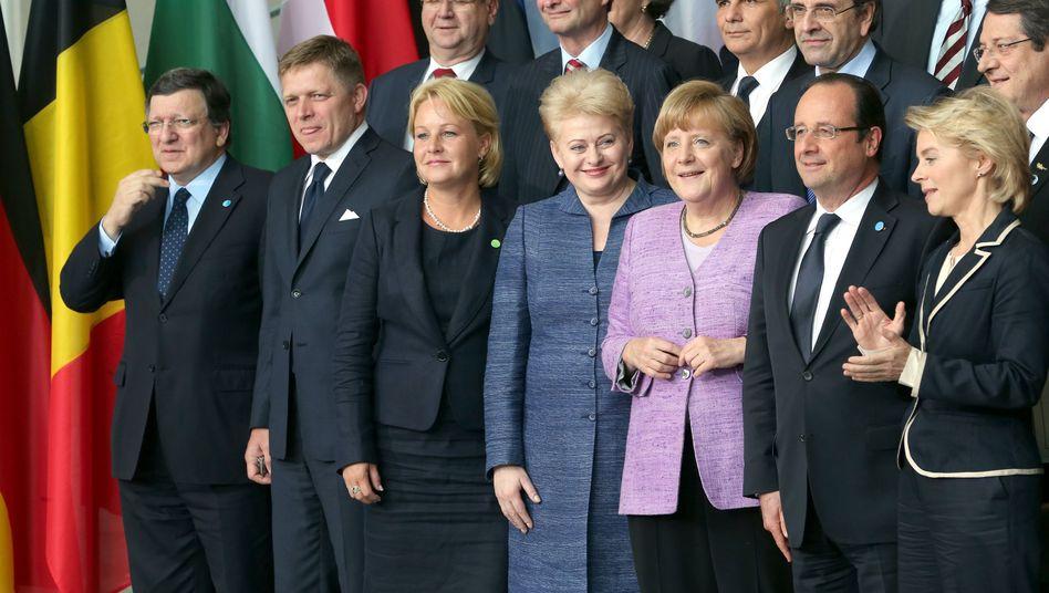 Kanzlerin Merkel, europäische Gäste beim Jobgipfel in Berlin