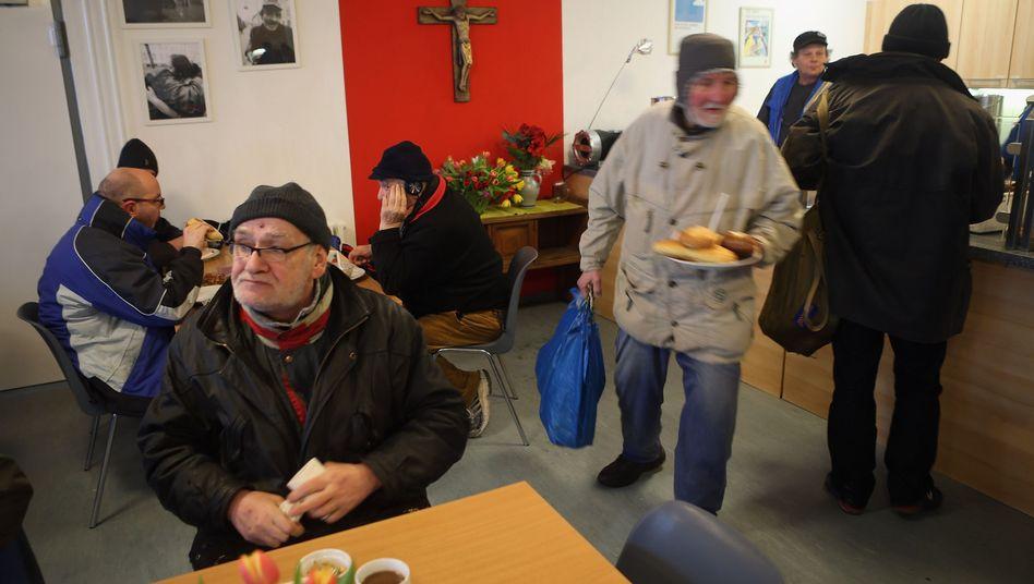 Bahnhofsmission in Berlin: Arbeitslose sind besonders gefährdet