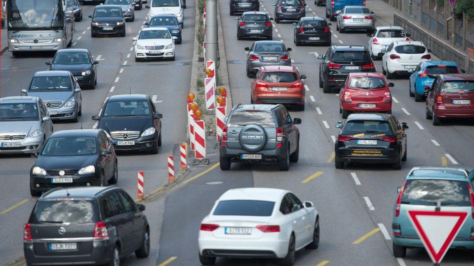 Stadtverkehr in Stuttgart (Archiv): Trotz Homeoffice sind mehr Autos unterwegs
