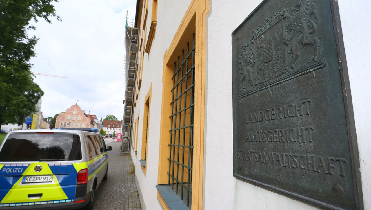 Kempten: Pflegebedürftiger gestorben – Einbrecher steht nach tödlicher Fesselung wegen Mordes vor Gericht