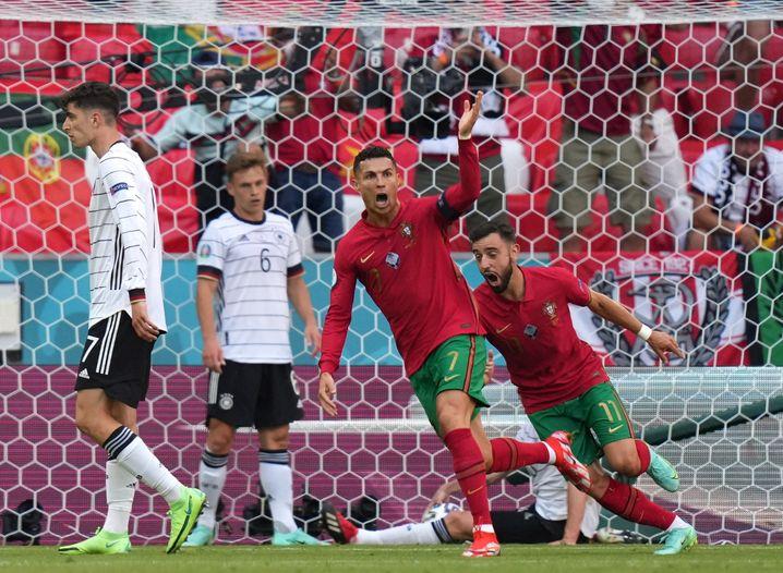 Cristiano Ronaldo (Mitte) erzielte das 1:0 für Portugal