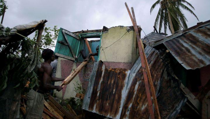 """Hurrikan in der Karibik: """"Matthew"""" stürmt auf USA zu"""