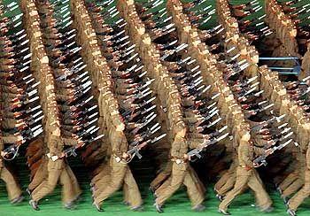 Militärparade in Pjöngjang: Nordkoreaner sind im Durchschnitt kleiner als ihre Altersgenossen im Süden