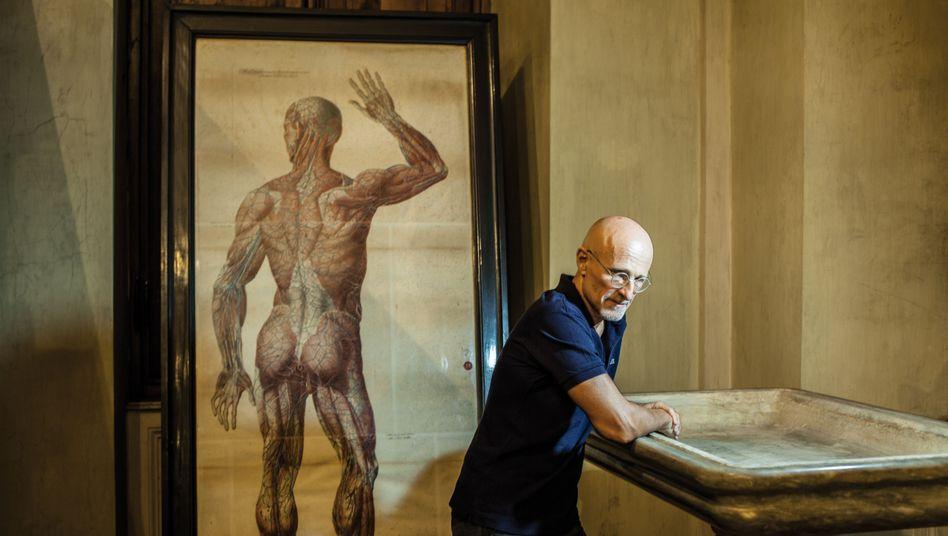 """Mediziner Canavero im Turiner Anatomiemuseum: """"Mein Ziel ist Unsterblichkeit, und ich werde sie bekommen"""""""