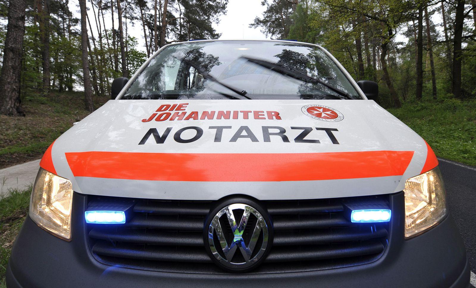 NICHT VERWENDEN Die Johanniter / Notarzt / Krankenwagen / Notarztwagen