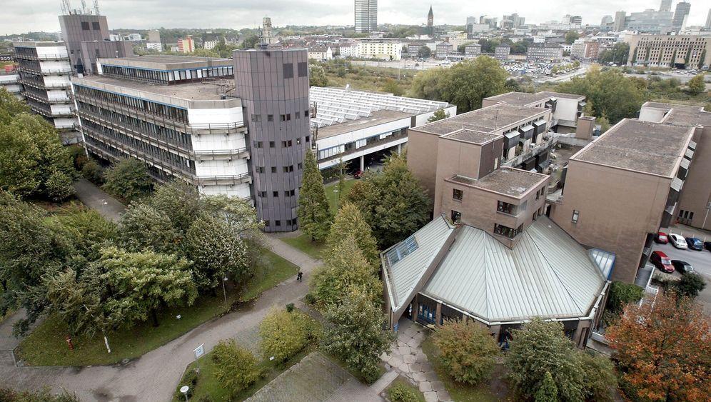 Demokratie à la Duisburg: Die Wächter der Urne