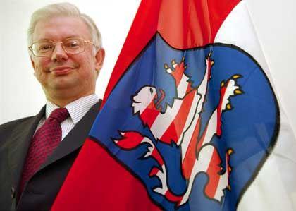 """Hessens Ministerpräsident Koch: """"Nicht amüsiert"""""""