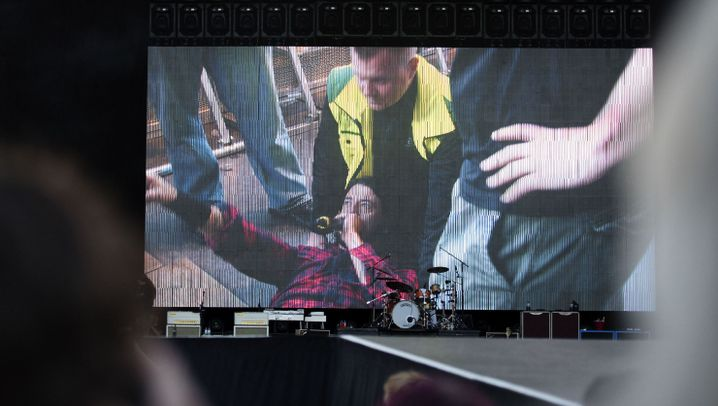 Foo-Fighters-Sänger Grohl: Der Beinbruch