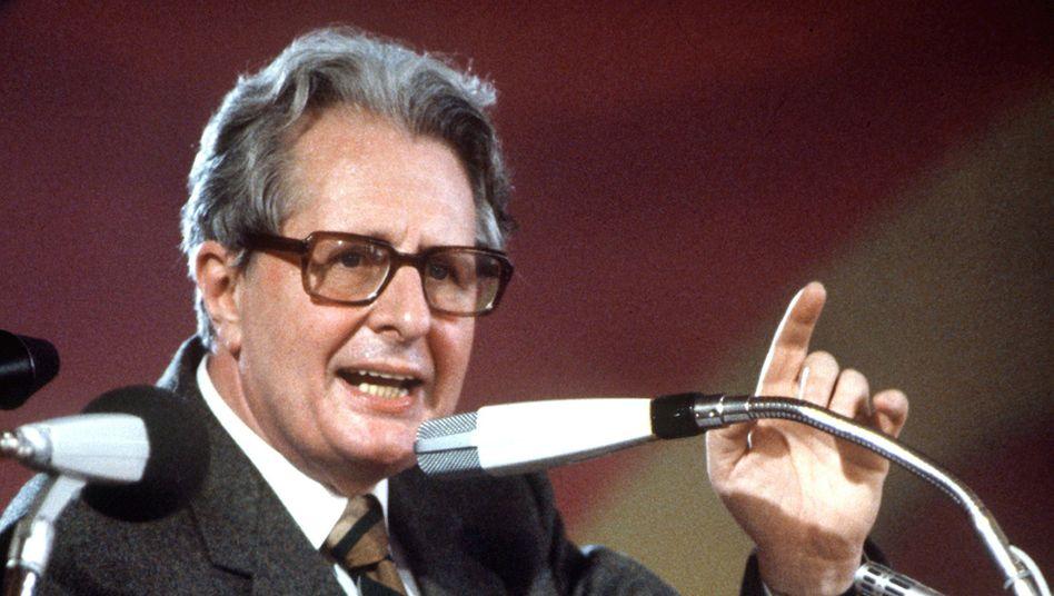 Der SPD-Politiker Hans-Jochen Vogel am 31.01.1983 in München