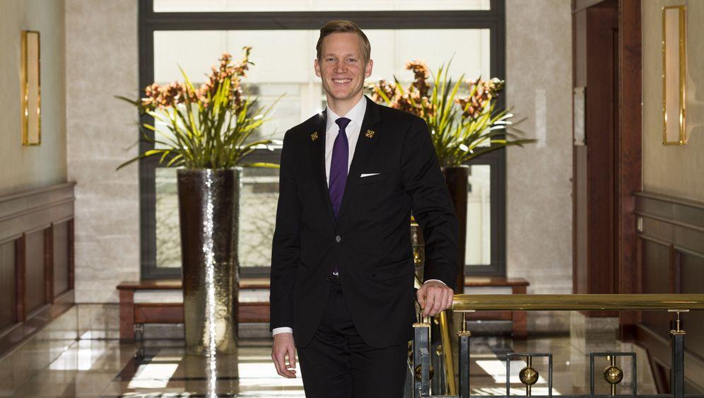 """Concierge-Verband """"Die goldenen Schlüssel"""": Insignien der Diskretion"""