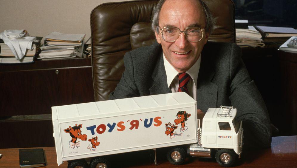Toys R Us: Vom Möbelhändler zum Spielzeugriesen