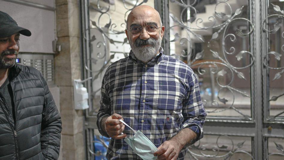 Schriftsteller und Journalist Ahmet Altan nach seiner Freilassung