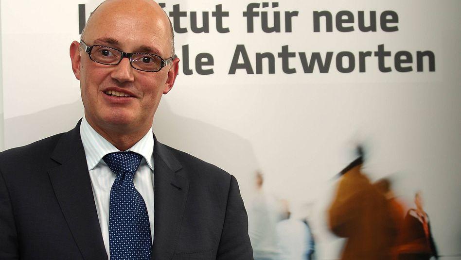 """Insa-Geschäftsführer Binkert (Archivfoto von 2010): """"Hoffen, dass Ihnen unser Angebot zusagt"""""""