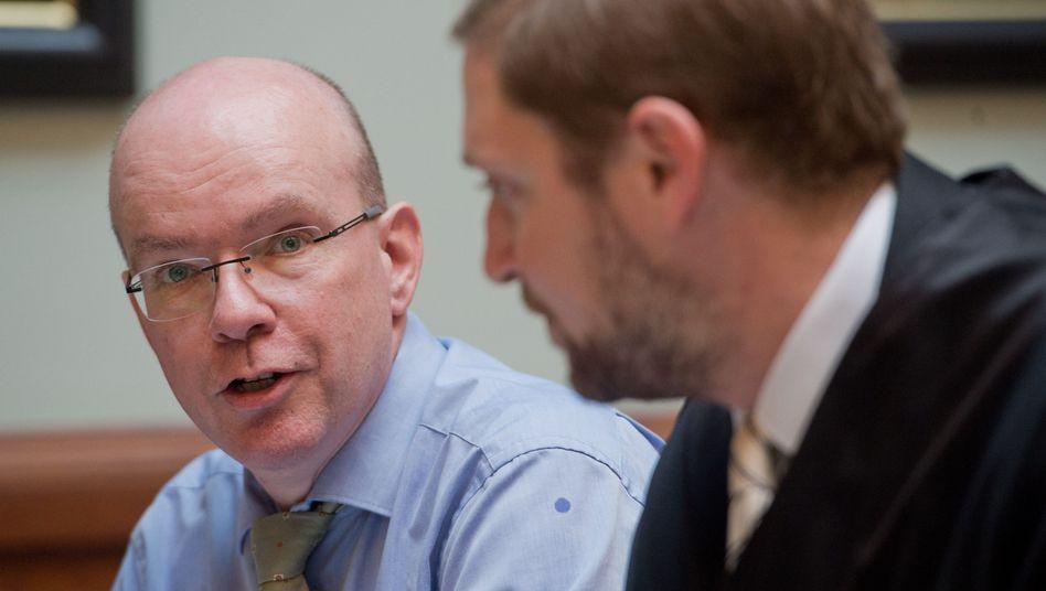 Beschwerdeführer Wolfgang Leist (links)