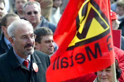 Gewerkschafter Peters: Längere Arbeitszeit erhöht die Arbeitslosigkeit