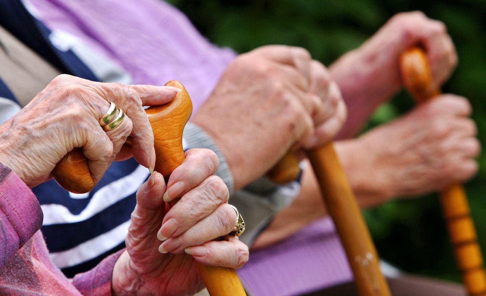 Renten / Sozialversicherung / Sozialversicherungen / Renten-Plus 2012