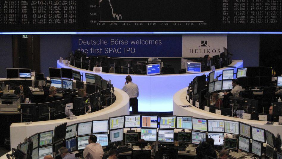Börse in Frankfurt: Zweifel an der Stabilität der Südstaaten