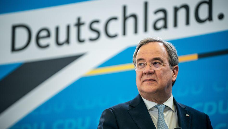 Auf der Suche nach dem Wahlprogramm: CDU-Chef Armin Laschet