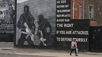 In Nordirland sprühen sie wieder Fadenkreuze an die Wände