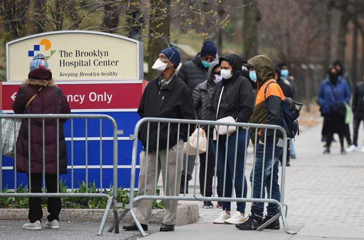 Überproportional betroffen: Schwarze und Latinos am Brooklyn Hospital Center in New York