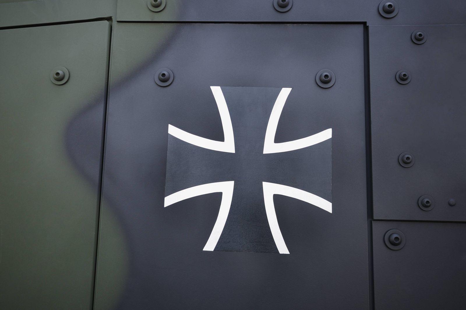 EINMALIGE VERWENDUNG Bundeswehr/ Hubschrauber