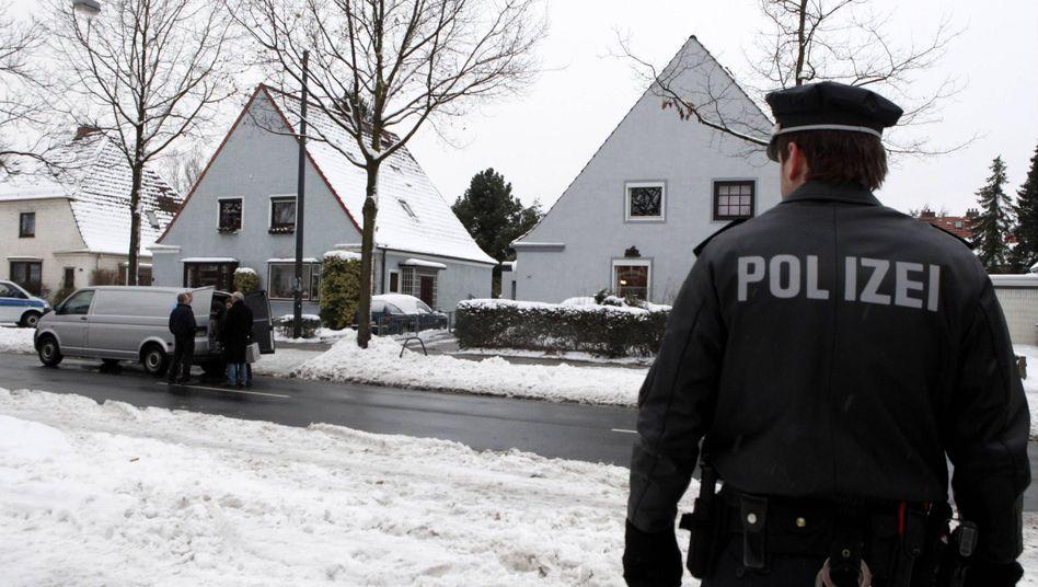 Polizeibeamter am Tatort in Bremen: Verdächtiger schweigt zu Vorwürfen