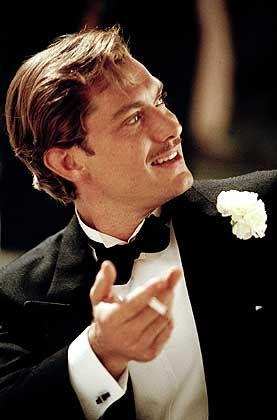 Jude Law als Errol Flynn: Letztlich egal