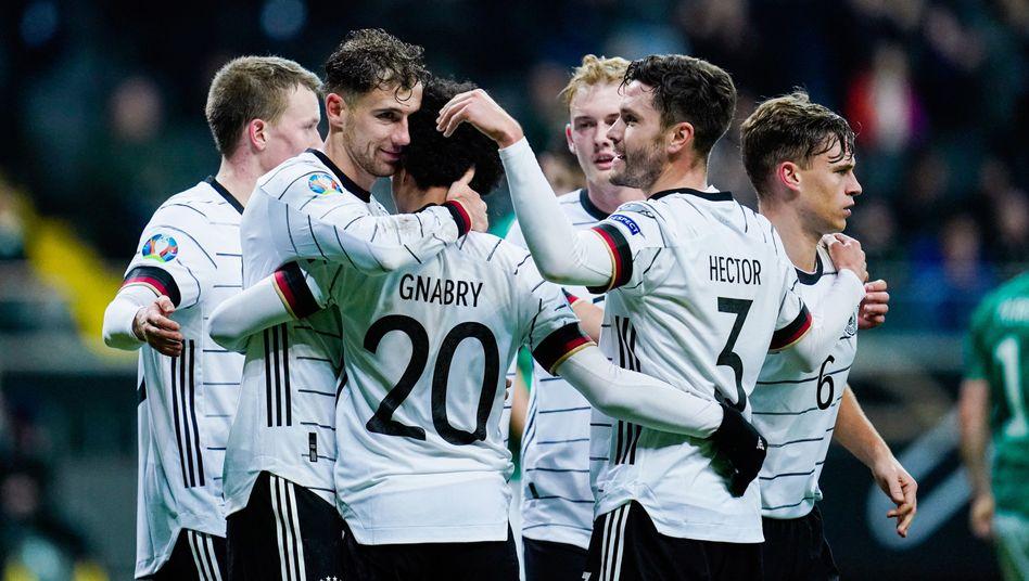 Deutsche Nationalspieler beim Qualifikationsspiel gegen Nordirland im November