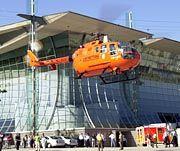 Der Verunglückte wurde vom deutschen Expo-Pavillon zur medizinischen Hochschule Hannover geflogen