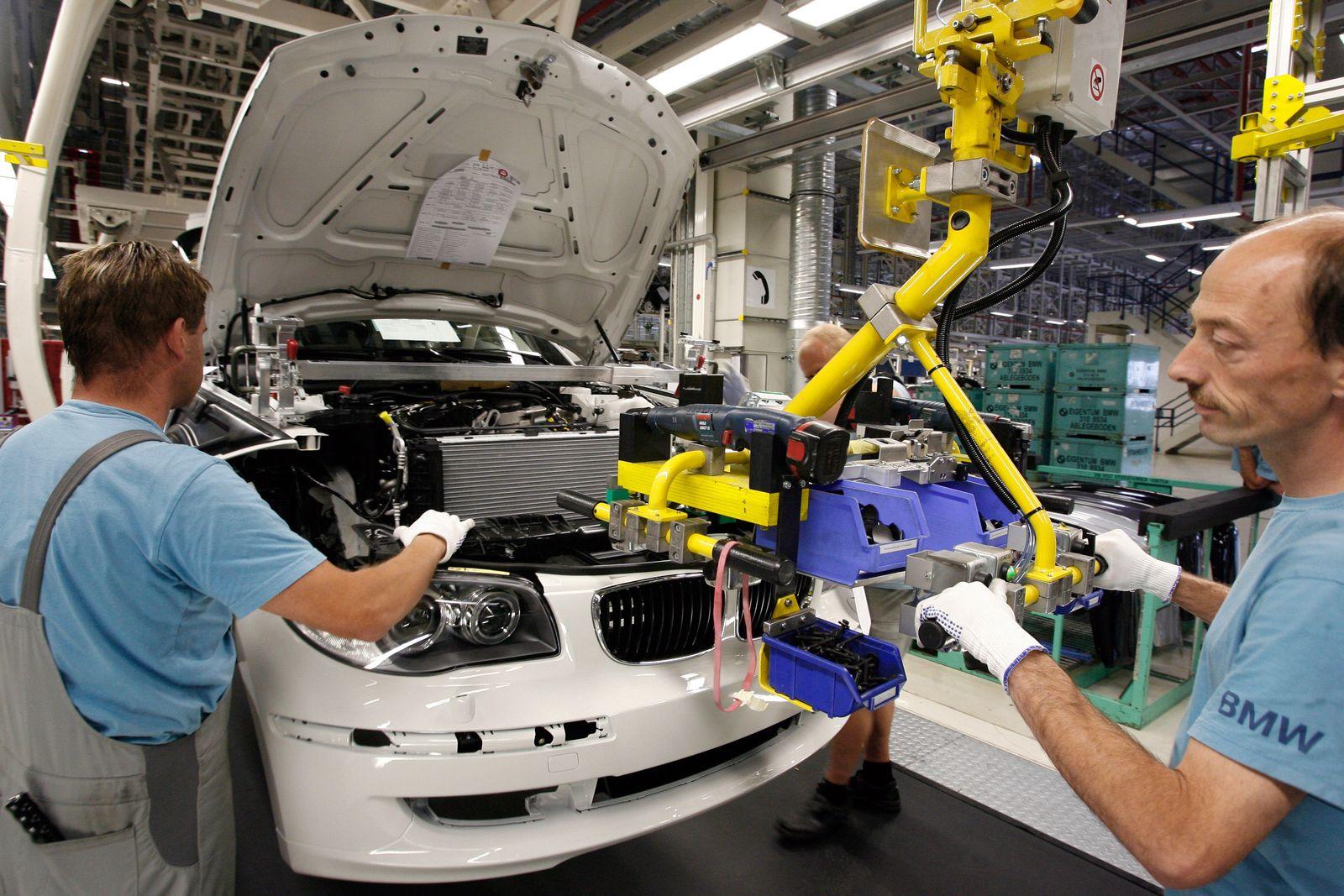 BMW-Mitarbeiter / Produktion