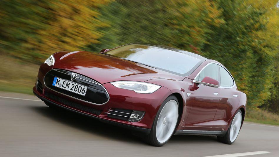 Tesla S: Heiße Kiste - aber auch brandgefährlich?