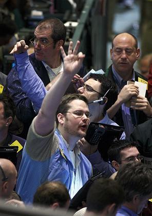 Rohstoffhändler in New York: Geopolitische Spannungen treiben den Ölpreis