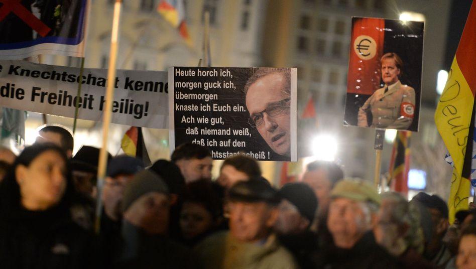 Groll gegen Staat und Regierung: Pegida-Demonstranten in Dresden
