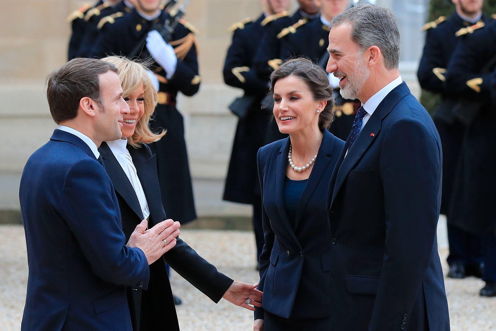 Spanisches Königspaar besucht Paris