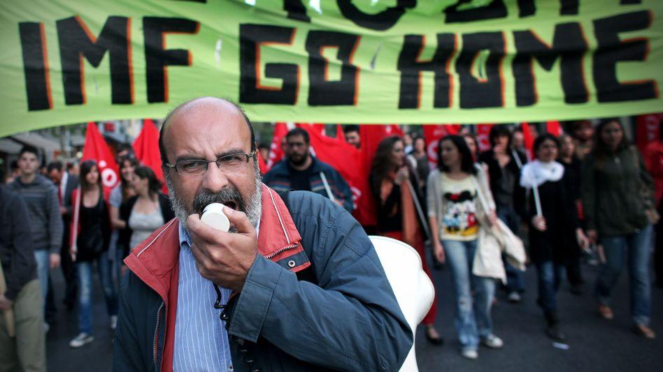 """Demonstranten in Griechenland: """"Geh' nach Hause, Internationaler Währungsfonds"""""""