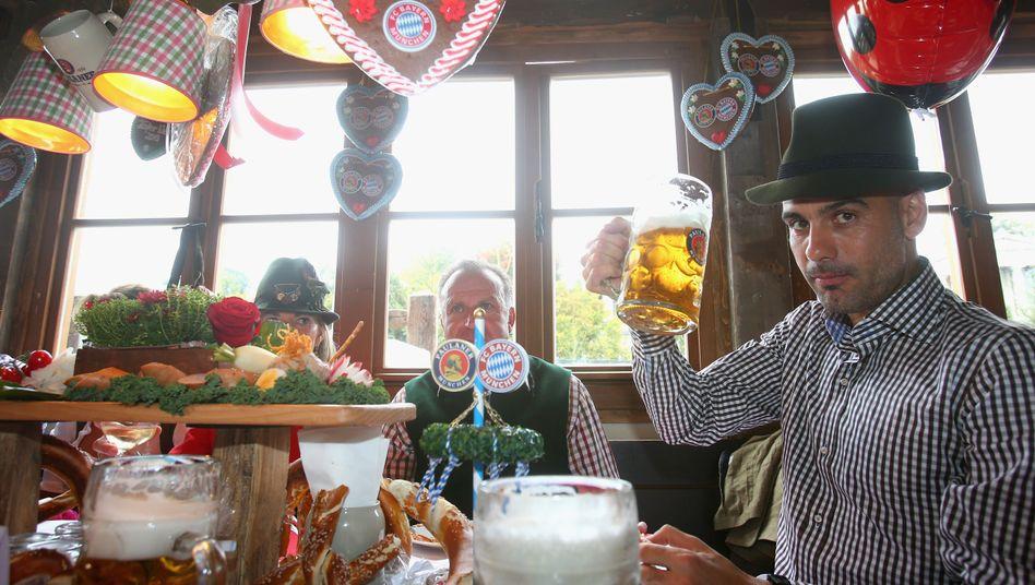 Bayern-Trainer Guardiola, rechts, auf dem Oktoberfest: Wie Barcelona
