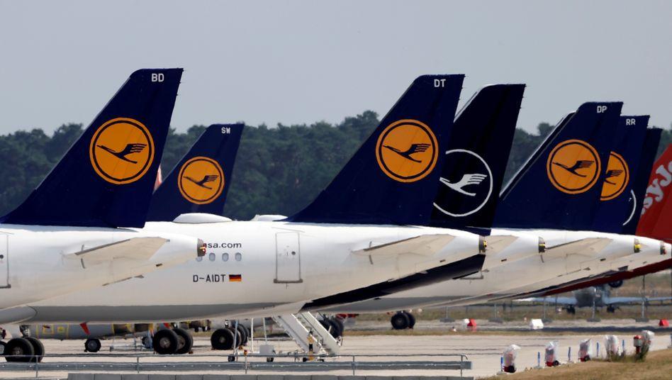 Am Boden: Lufthansa-Maschinen in Berlin