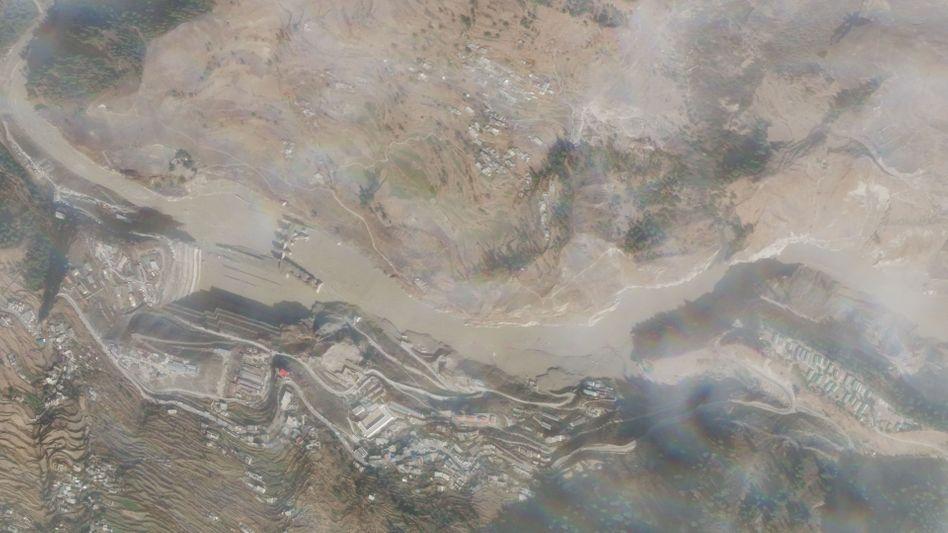 Die zerstörte Baustelle des Tapovan Vishnugad Hydroelectric Power Plant