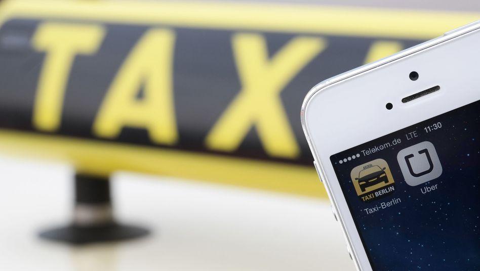 """Handy-Apps """"Uber"""" und """"Taxi Berlin"""": """"Schnelles Geld verdienen"""""""