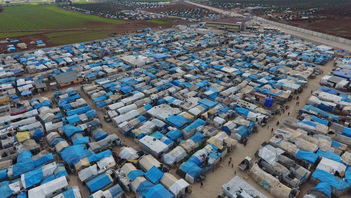 Luftaufnahme eines Flüchtlingscamps bei Azaz im Norden von Syrien