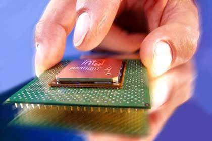 """Computer-Chip, hier von Intel: Stecken bereits """"taktlose"""" Teile im Pentium 4?"""