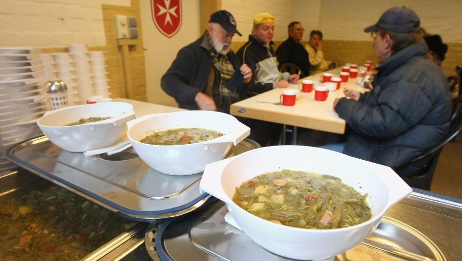 Suppenküche in Berlin: Arbeitslosen-Betreuer